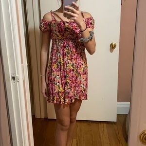 Girls flowy floral dress